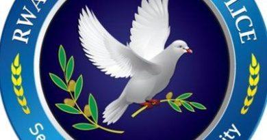 Ruhango: Polisi yafatanyije n'urubyiruko gusana inzu y'uwacitse ku icumu rya Jenoside