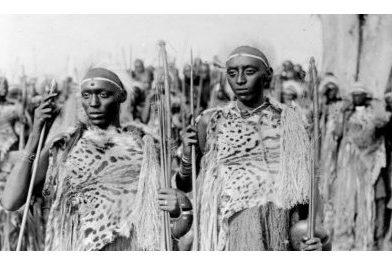 Inkomoko y'insigamigani 'Bamukenyeje Rushorera'