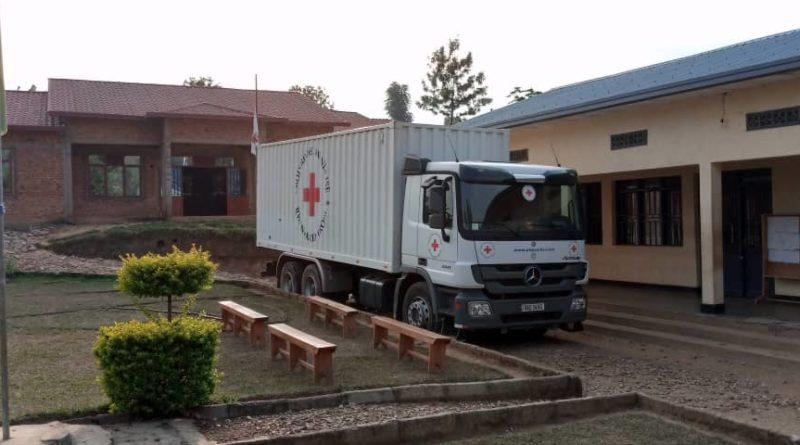 Ngororero:Croix-rouge y'u Rwanda ikomeje gutera  inkunga  abaturage bahuye n'ibiza mu gihe cya Covid